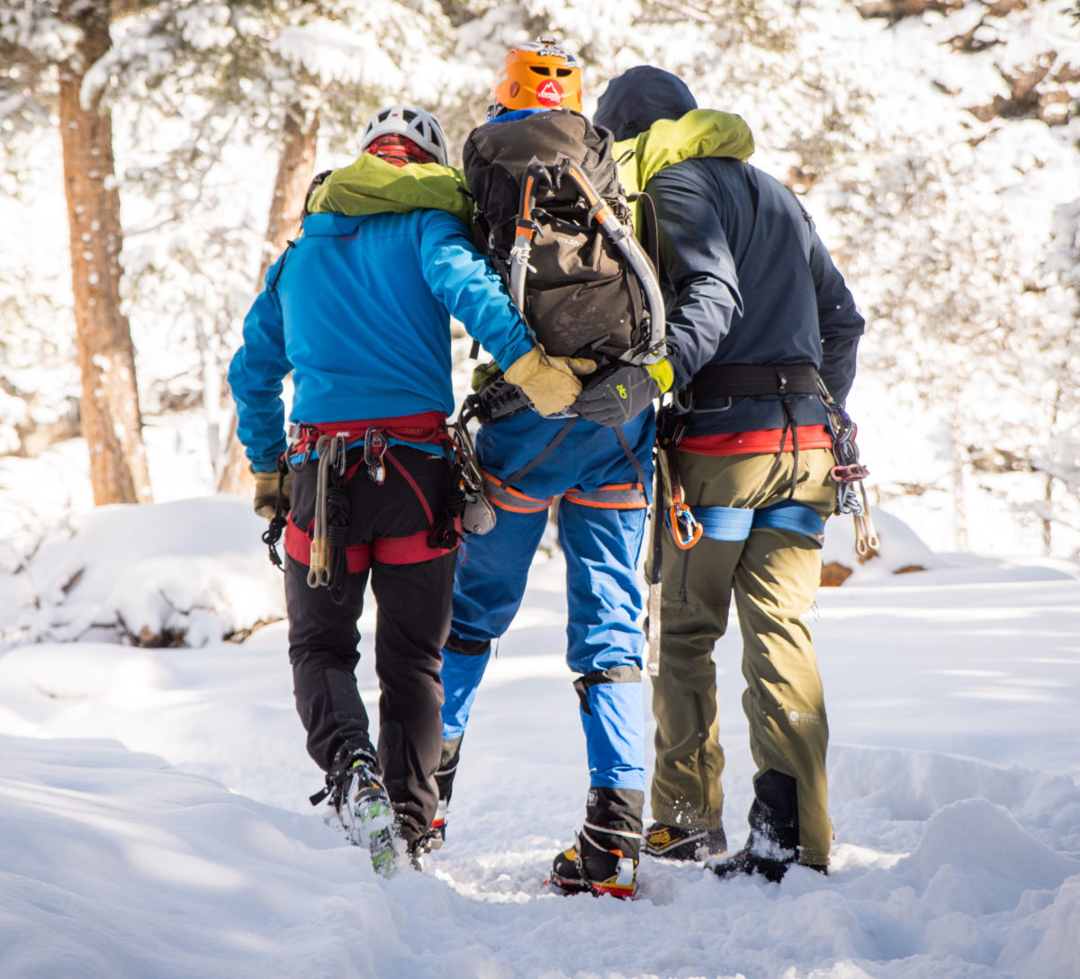 Ouray Trip 2018 Volunteers Helping Climber