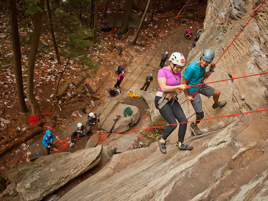 Climbers on the wall on Red River Gorge Trip